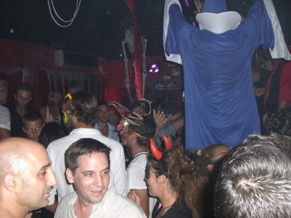Late night shenanigans at Le Ti St Barth…...complete with dancing wizard:)