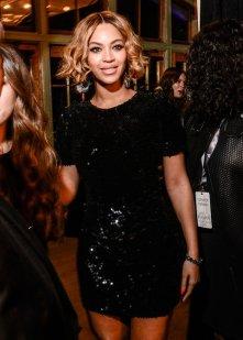 Beyonce's $130 sequin Topshop gem