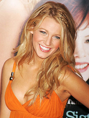 Blake Lively, beach waves on the red carpet.