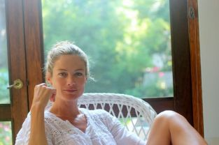 Surfer and supermodel Carolyn Murphy