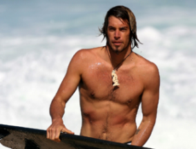 In our opinion, pro surfer Dave Rastovich is always beach ready.
