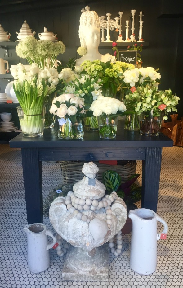 hudson-grace-san-francisco-brentwood-country-mart-flowers